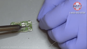 soldering-broken-flash-drive